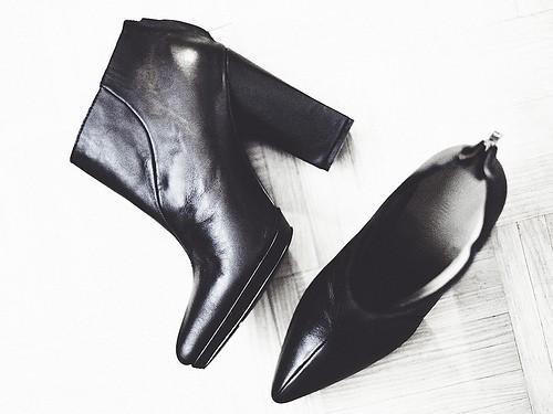 block heels photo