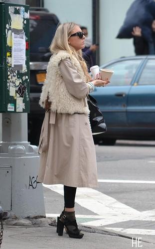street style coat photo
