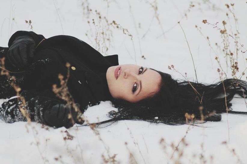 winter fashionista on the snow
