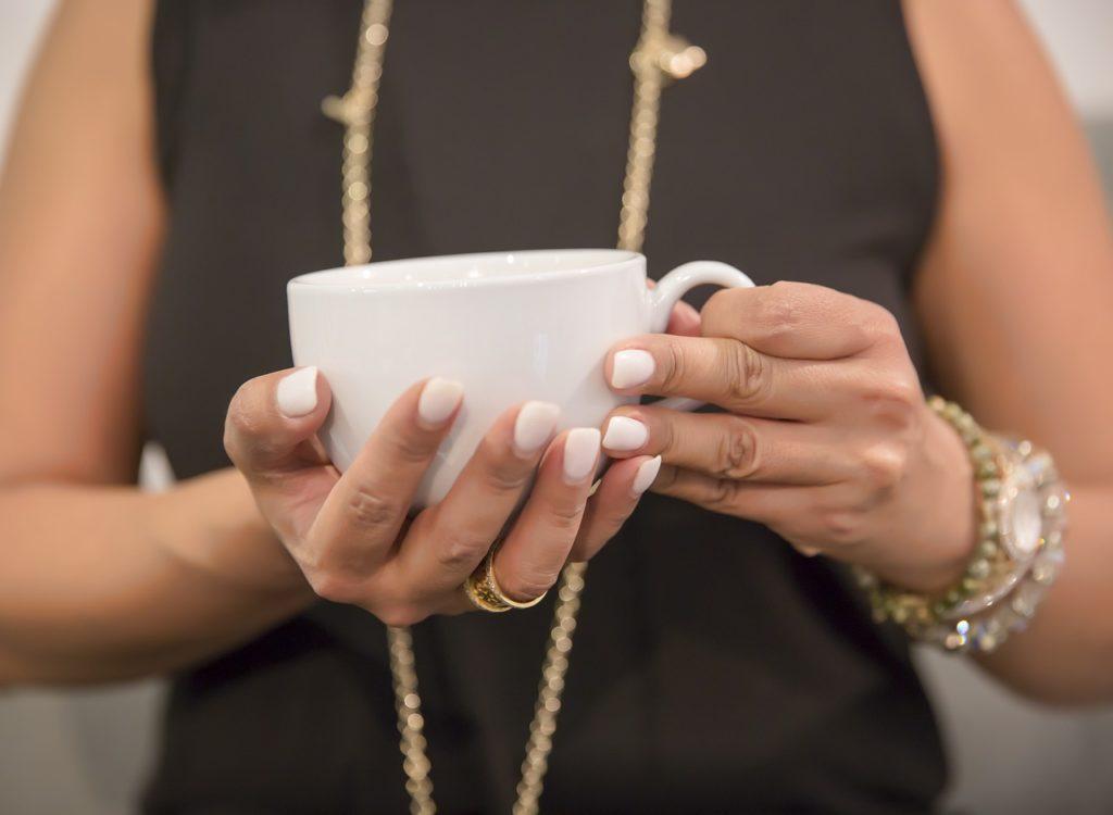 pastel manicure