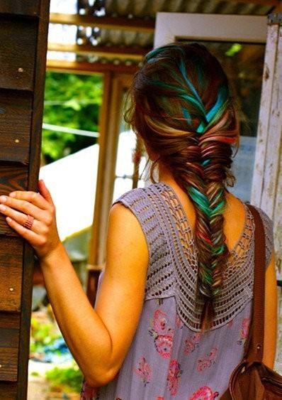pastel hair streaks
