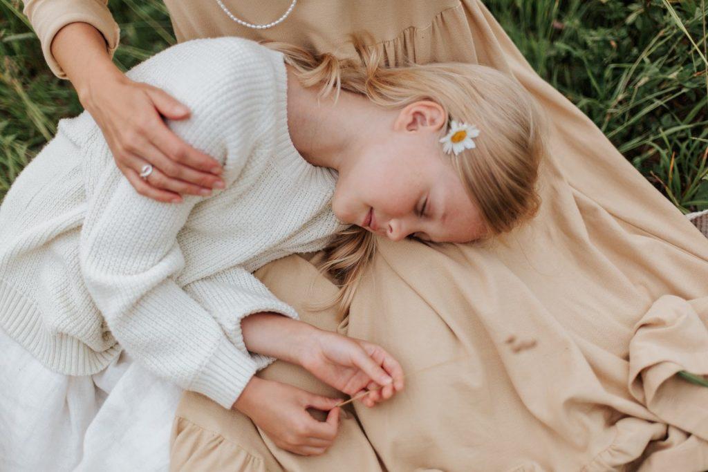 tween girl white dress