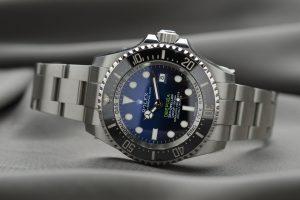 Rolex GMT-Master vs. Rolex GMT-Master II